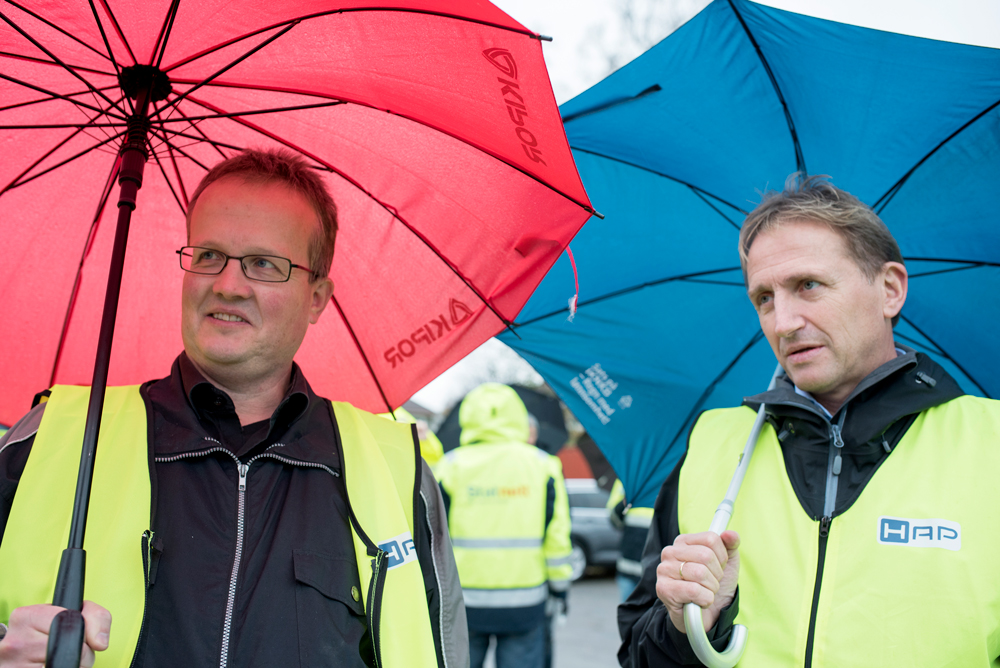 Active participants in the AluMast project: Tore Tryland (left) from SINTEF Raufoss Manufacturing and Trond Furu from Hydro. Photo: Lena Knutli.