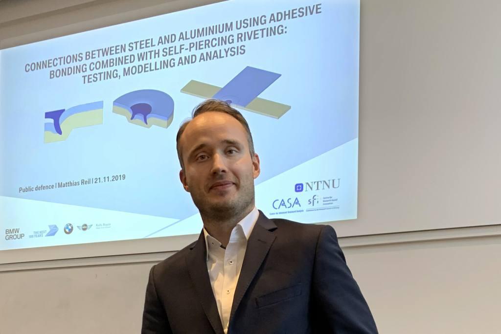 Matthias Reil defends his PhD thesis