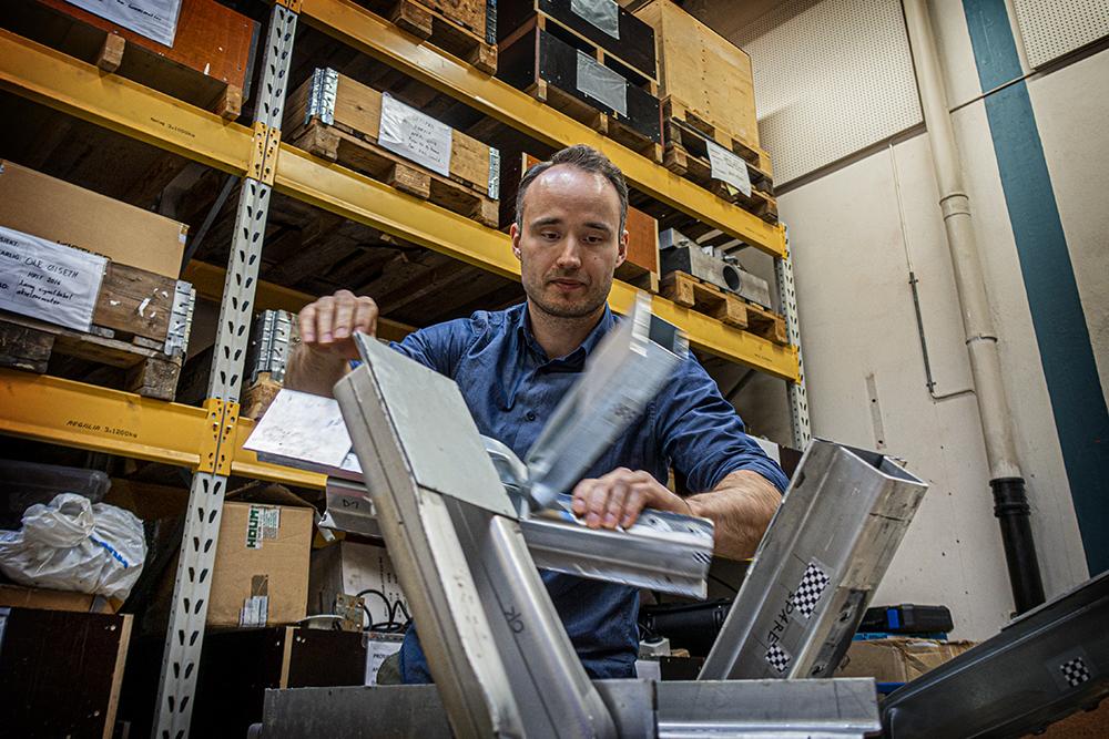 Matthias Reil in the store room at SIMlab
